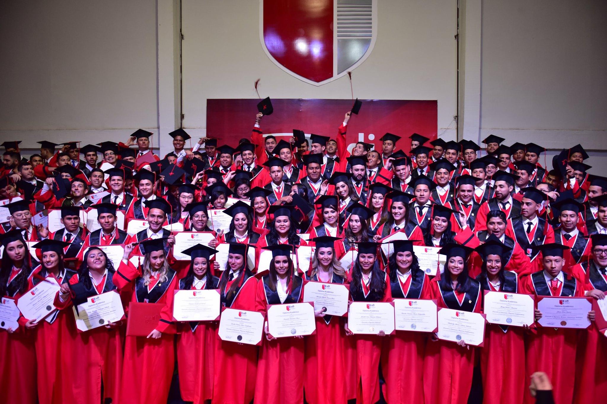 II Acto de graduación UDI
